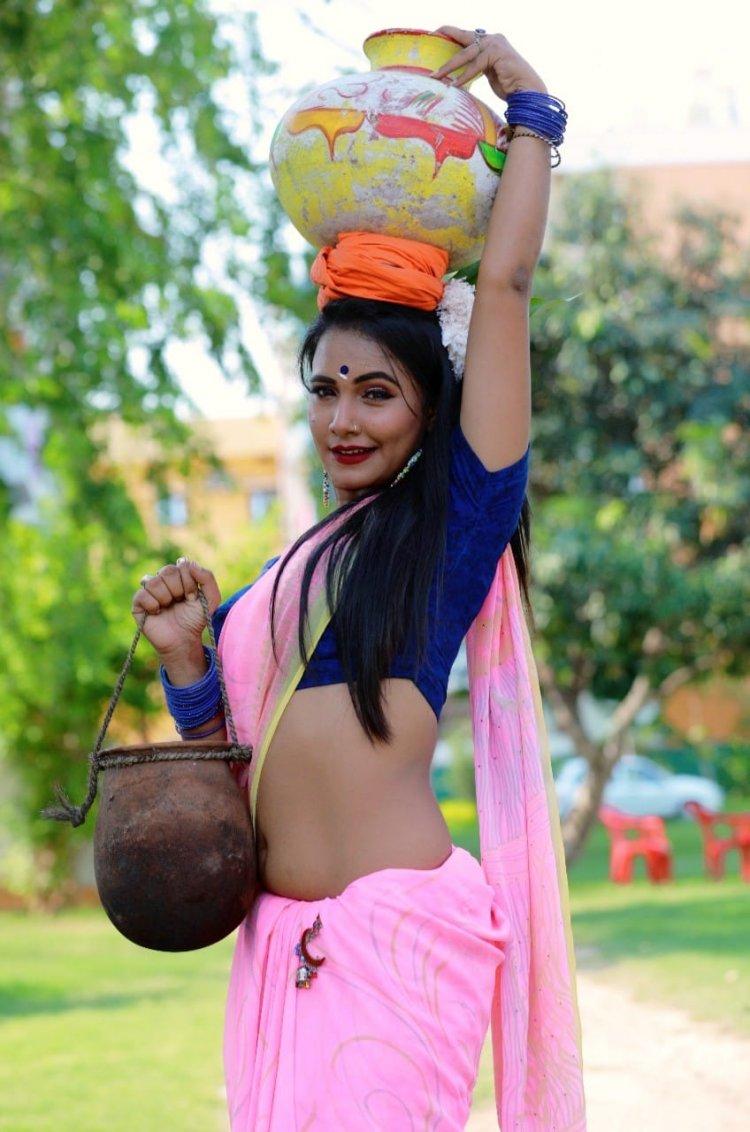 #Trisha Kar Madhu का विडियो वायरल होने की वजह से 200000 Followers हो गये