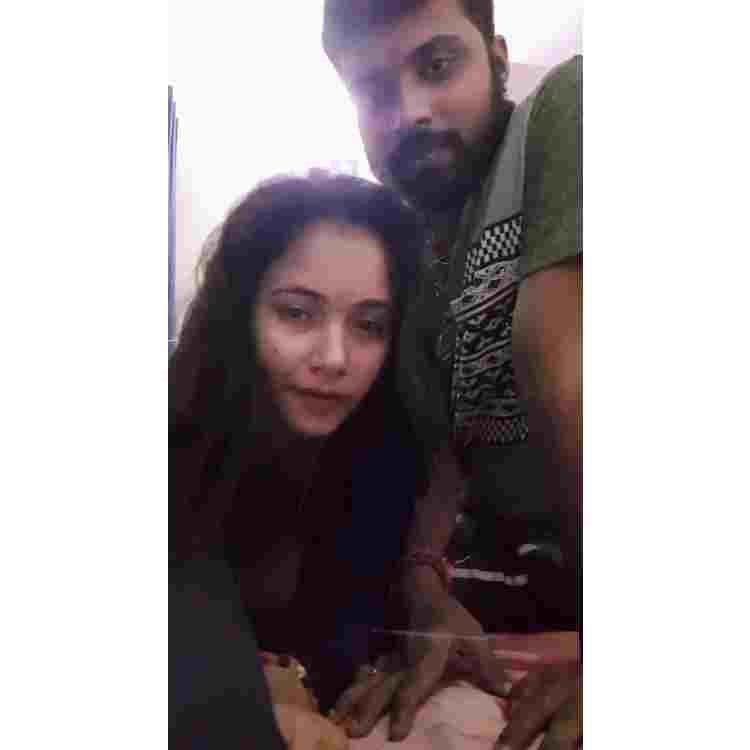 Trisha kar Madhu Viral Video Today : Latest Tirshakar Madhu News